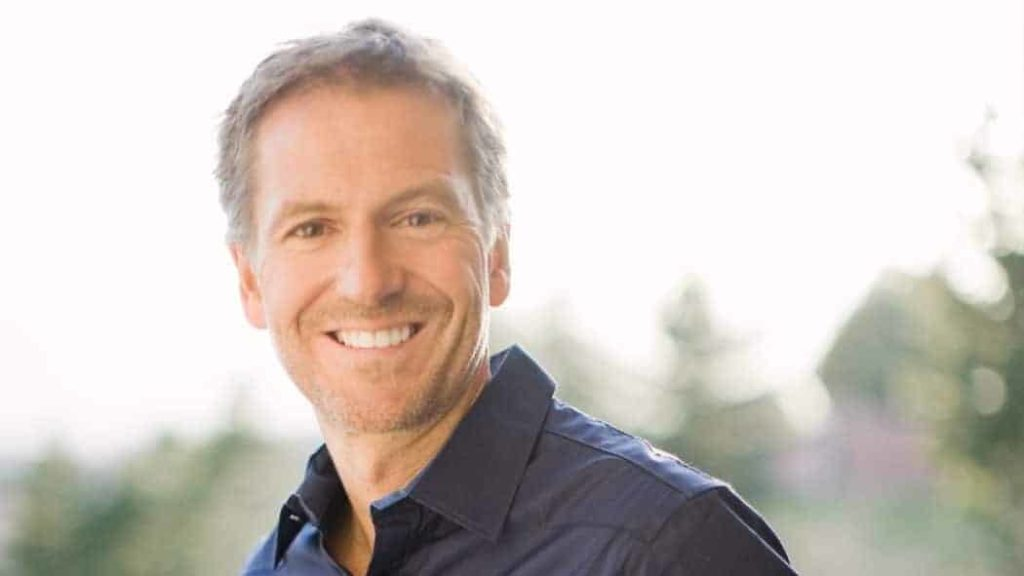 maxresdefault 1024x576 - John Bevere Discusses His Latest Book in October Issue